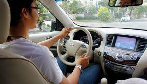 cách lái xe ô tô an toàn