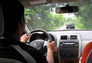 cách lái xe ô tô số sàn